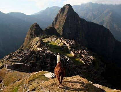 A DAY IN MACHU PICCHU WITH PERU LUXURY TRAVEL
